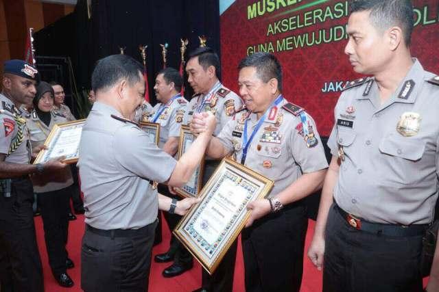 Miliki Kinerja Terbaik Ketiga Nasional, Polda Lampung Raih Penghargaan Dari Kapolri