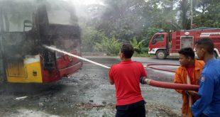 Diduga Arus Pendek, Bus AKAP Terbakar Di Bakauheni