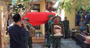 Kapten Inf Tri Sakti Bertindak Sebagai Irup Persemayaman Almarhum Anggota Veteran