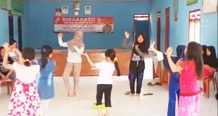 Lestarikan Budaya Pemerintah Desa Bandar Abung Giat Mengajak Anak-anak Latihan Nari