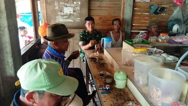 Ngopi Bersama Warga Sambil Ngobrol Di Warung Bapak Yulianto Lampungvisual Com