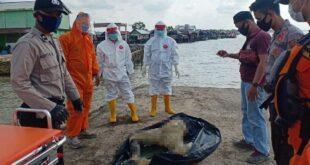 Polisi Dibantu Warga Berhasil Evakuasi Mayat Anonim di Laut Kuala Teladas, AKP Rohmadi : Berikut Ciri-Cirinya